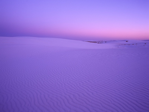 New-Mexico.White-Sands-National-Monument-at-Twilight-600