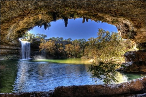 Texas Hamilton-Pool-Nature-600