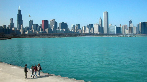 michigan.chicago_skyline_and_lake.600